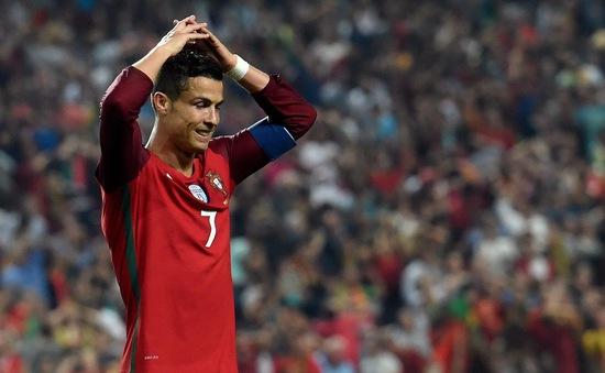 ĐT Bồ Đào Nha tập trung, Ronaldo bị gạch tên khỏi danh sách