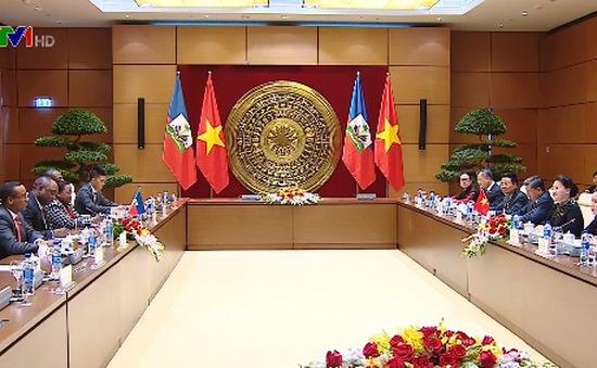 Chủ tịch Thượng viện Cộng hòa Haiti thăm chính thức Việt Nam