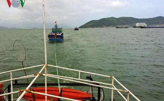 Cứu nạn thuyền viên gặp nạn trên biển