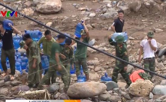 Cứu trợ người dân vùng lũ Mường La, Sơn La