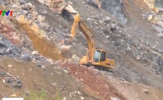 Kiên Giang: Nhiều núi đá vôi bị khai thác để làm xi măng