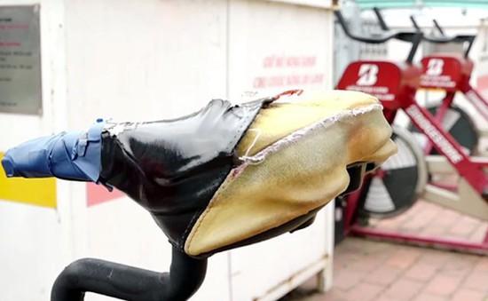 TP.HCM: Xe đạp lọc nước vừa lắp đặt vài ngày đã hư hỏng