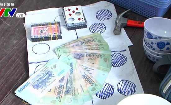 Bắt hai vụ đánh bạc quy mô lớn tại Thanh Hóa và Lâm Đồng