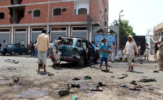 Đánh bom trên đường phố Yemen, 12 người thiệt mạng