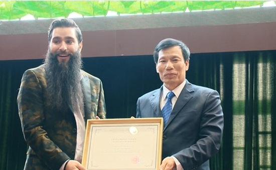 Đạo diễn Kong: Skull Island chính thức trở thành Đại sứ du lịch Việt Nam