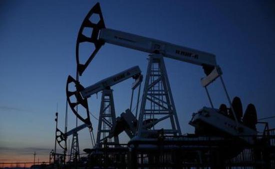 IEA: Thị trường dầu có dấu hiệu tái cân bằng