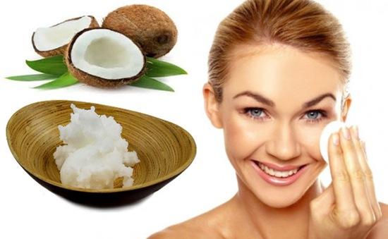Giúp chị em cách làm trắng da mĩ mãn tại nhà với dầu dừa