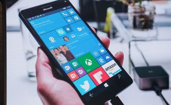 """Windows 10 Mobile nhận án """"tử"""" và tiếng thở dài của Microsoft"""