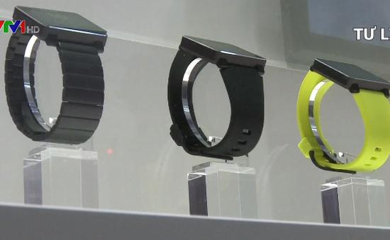Đức: Cấm bán đồng hồ thông minh cho trẻ em