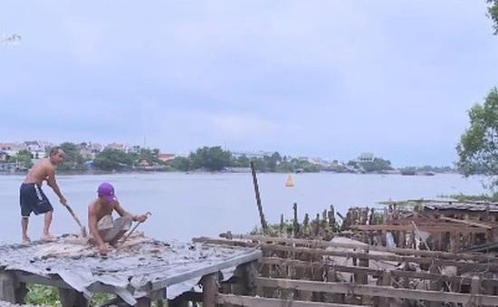 TP.HCM: Khó vận động người dân di dời khỏi vùng sạt lở nguy hiểm