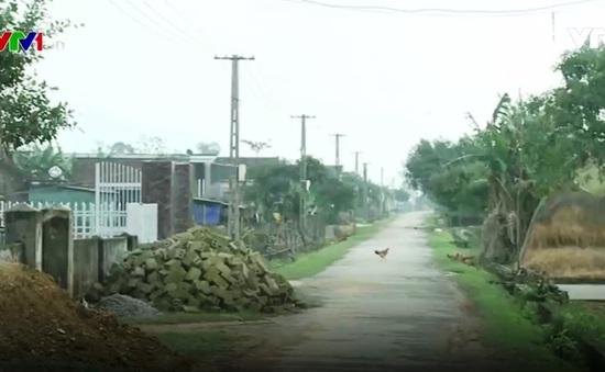 Nỗ lực giữ dòng điện không gián đoạn trong mùa mưa lũ