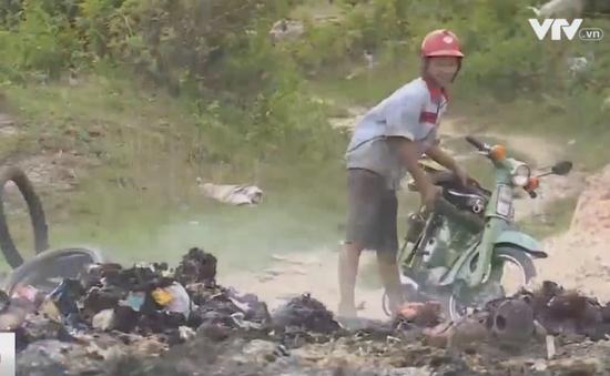 Lúng túng xử lý nạn đổ trộm rác thải công nghiệp ở Bình Dương