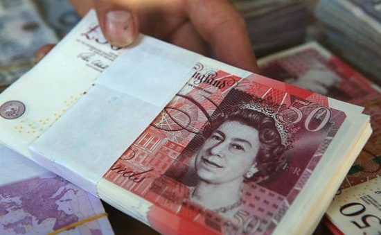 Lạm phát đẩy đồng Bảng Anh lên mức cao nhất trong 1 năm qua