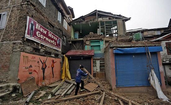 Động đất mạnh 6,6 độ Richter tại Indonesia
