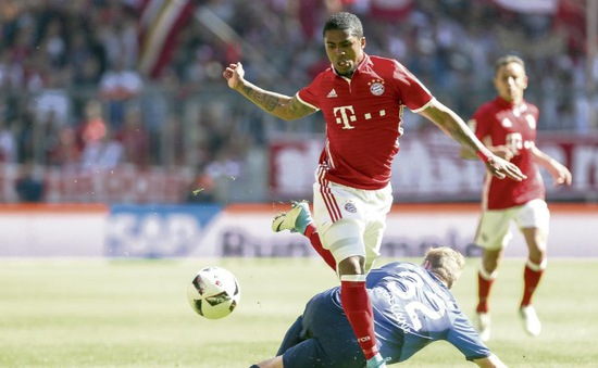 Nể nang, Bayern đồng ý bán Douglas Costa cho Juve