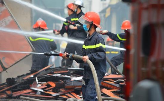 Hà Nội xảy ra 204 vụ cháy làm 6 người chết, 12 người bị thương