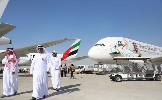 Cuộc chạy đua hợp đồng máy bay giữa Boeing và Airbus