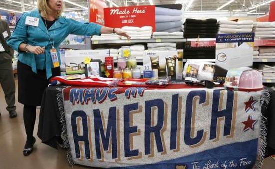 Niềm tin người tiêu dùng Mỹ ở mức cao nhất trong 16 năm