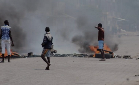 Đụng độ dữ dội giữa cảnh sát và người biểu tình ở Togo