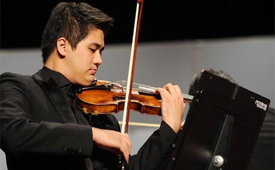Nghệ sĩ Bùi Công Duy độc tấu 4 bản concerto nổi tiếng