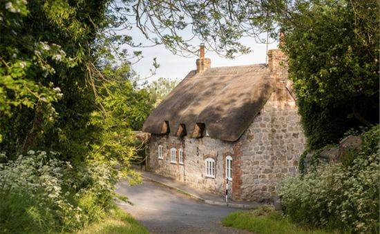 Faerie Door - Ngôi nhà bước ra từ truyện cổ tích