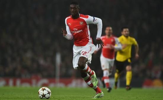 Bị Arsenal đẩy ra đường, cựu Pháo thủ tự tìm được bến đỗ mới