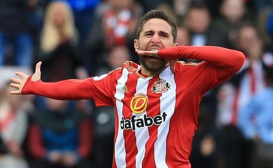"""AC Milan bất ngờ muốn cứu sao Sunderland khỏi """"tàu đắm"""""""