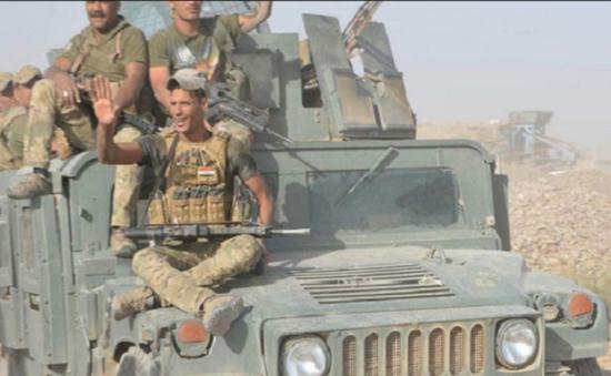 Iraq tấn công vào thị trấn cuối cùng do IS kiểm soát