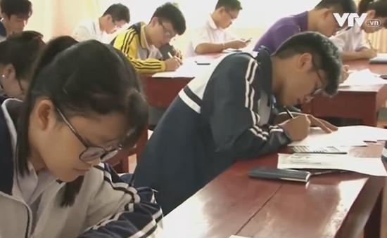 Khai mạc kỳ thi quốc gia giải toán trên máy tính cầm tay