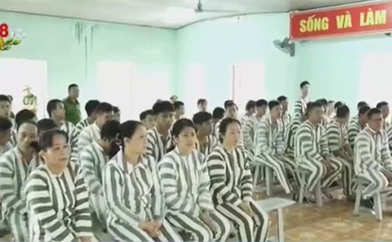 Công an Đà Nẵng giảm án cho 28 phạm nhân dịp Tết Nguyên đán