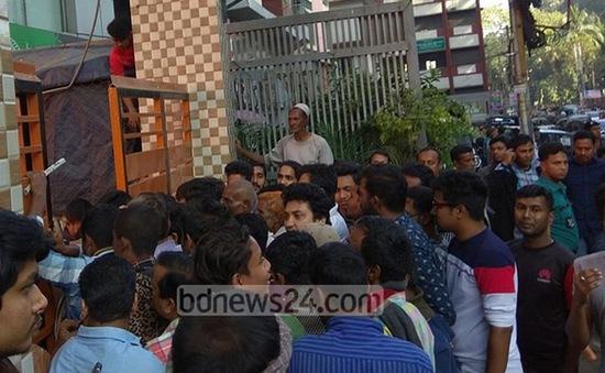 Bangladesh: Tranh giành thức ăn tại đám tang, hơn 40 người thương vong