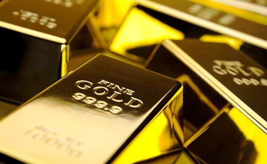 Giá vàng bật tăng do lo ngại cuộc chiến thương mại
