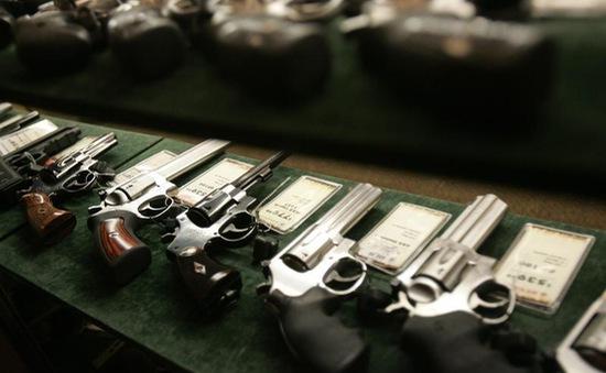 Doanh số súng đạn tại Mỹ tăng sau vụ xả súng ở Las Vegas