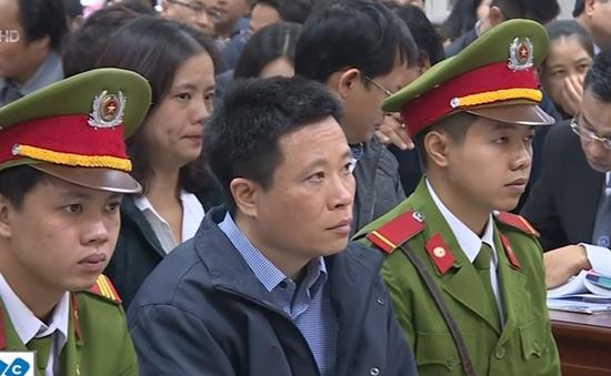 Bị cáo Hà Văn Thắm nhận trách nhiệm để Công ty Trung Dung vay 500 tỷ đồng