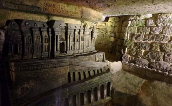 Pháp: Giải cứu 2 thiếu niên đi lạc 3 ngày trong khu hầm mộ khổng lồ tại Paris
