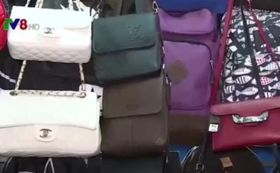 TT-Huế: Tràn lan hàng giả, hàng nhái trên thị trường