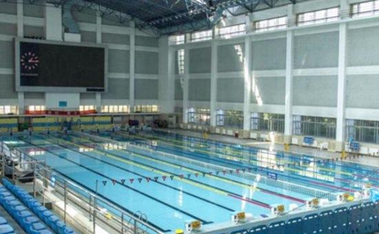 Trung Quốc: Sinh viên muốn tốt nghiệp đại học phải biết bơi