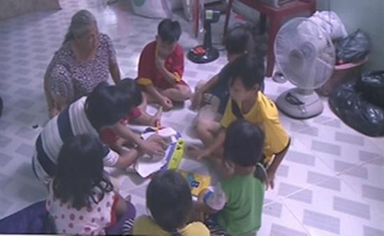 11 đứa trẻ trong một gia đình không có giấy khai sinh, hộ khẩu