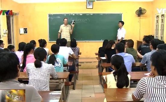 Thầy giáo nước ngoài nhận giải thưởng Bùi Xuân Phái