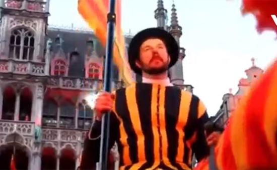 Trải nghiệm lễ hội văn hóa Ommegang tại Bỉ
