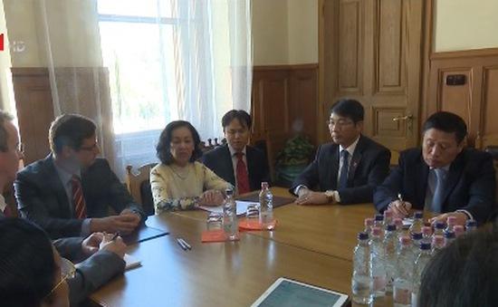 Việt Nam là đối tác chiến lược của Hungary