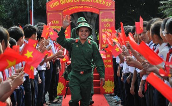 Sôi nổi ngày hội tòng quân tại Nam Trung Bộ, Tây Nguyên