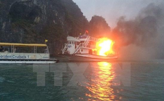 Hải Phòng: Tàu phát nổ, 4 thuyền viên bị bỏng nặng
