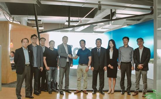 """DN Hàn Quốc """"bắt tay"""" mạng xã hội Việt phát triển thương mại điện tử"""