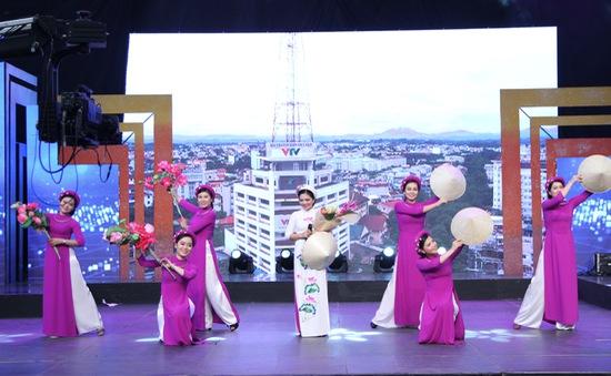 """NS Lê Minh Sơn: """"Choáng"""" khi xem LH Tiếng hát những người làm truyền hình của VTV"""