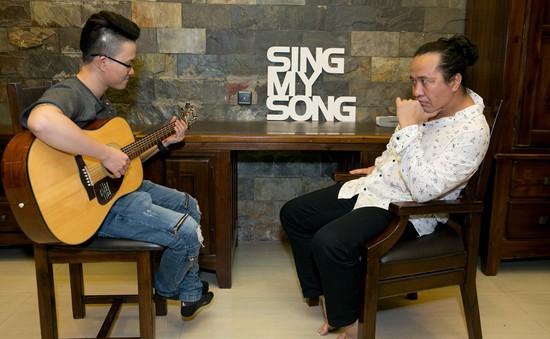 """""""Đột nhập"""" phòng tập của Sing My Song trước chung kết"""
