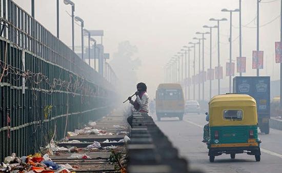 Ấn Độ cấm bán nhiên liệu bẩn để cải thiện môi trường