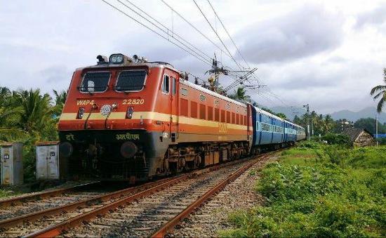 Ấn Độ lắp đặt hệ thống điều khiển đường sắt lớn nhất châu Á