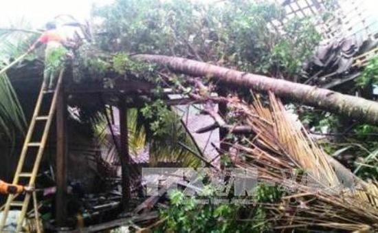 Lốc xoáy kéo dài 5 phút ở Indonesia, 35 người bị thương, 600 ngôi nhà hư hại