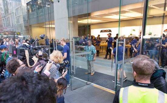 Iphone 8 bắt đầu được bán tại Australia và Nhật Bản